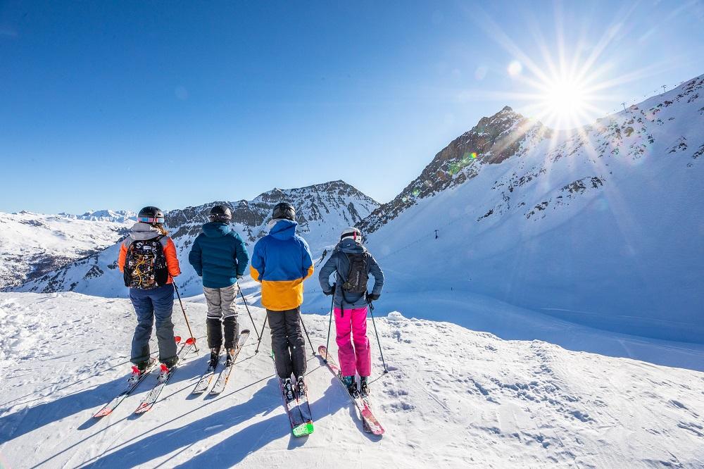 Serre Chevalier skier entre amis